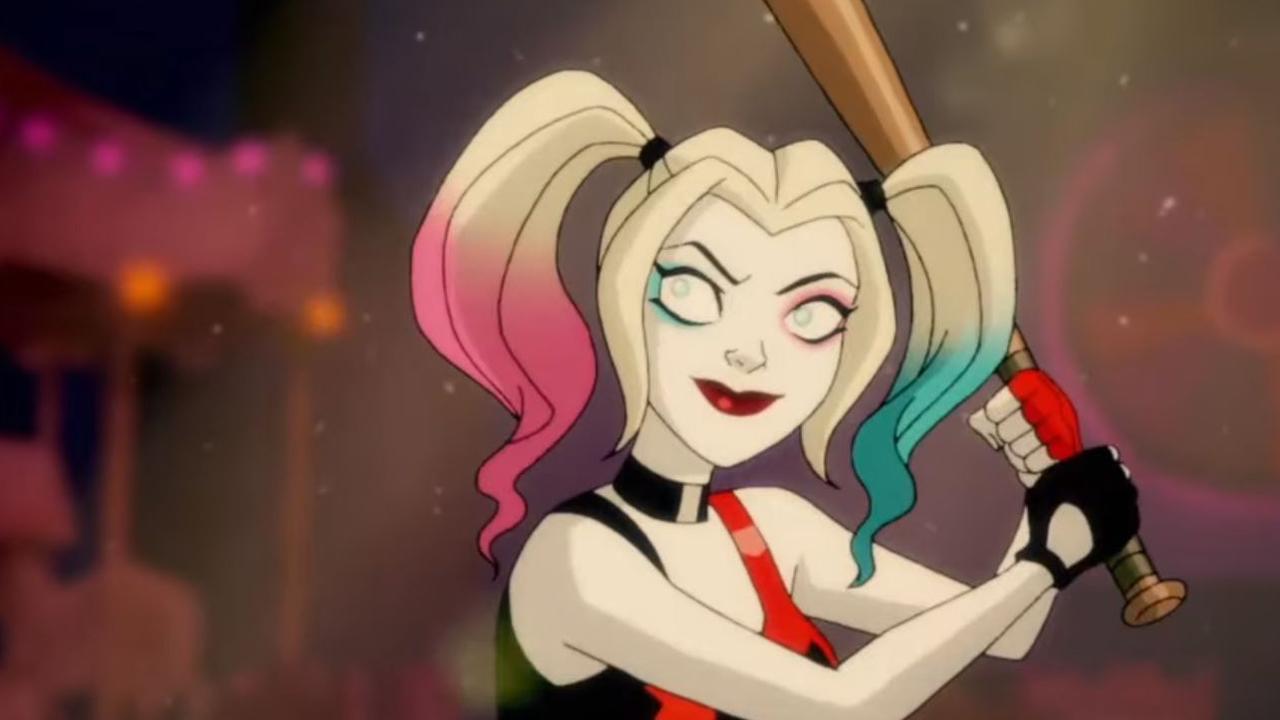 """Mit """"The Big Bang Theory""""-Star Kaley Cuoco als Harley Quinn: Neue blutige Vorschau zur DC-Serie"""
