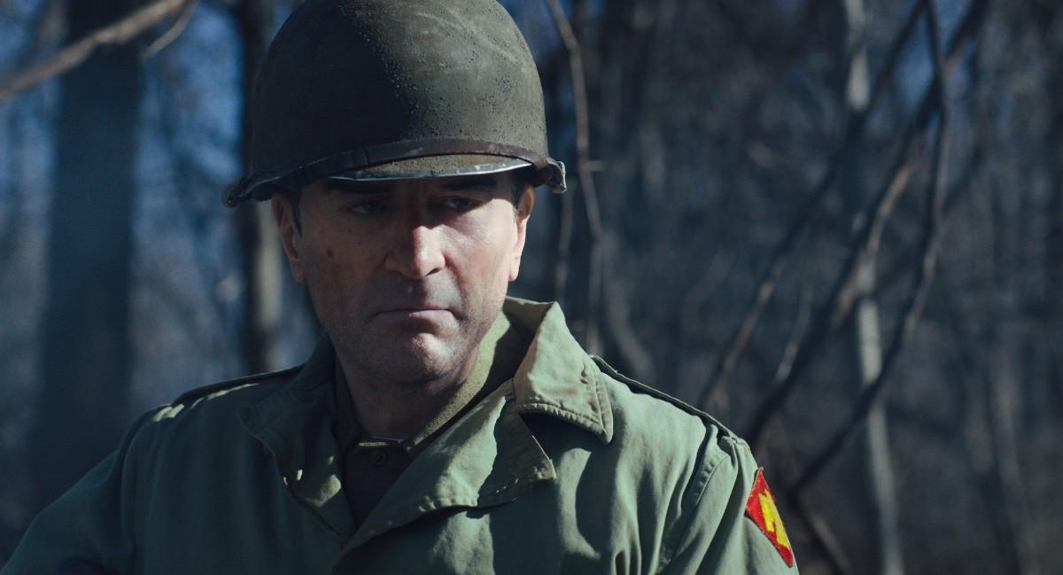 Altersstufe: De Niro als Soldaten-Jungspund