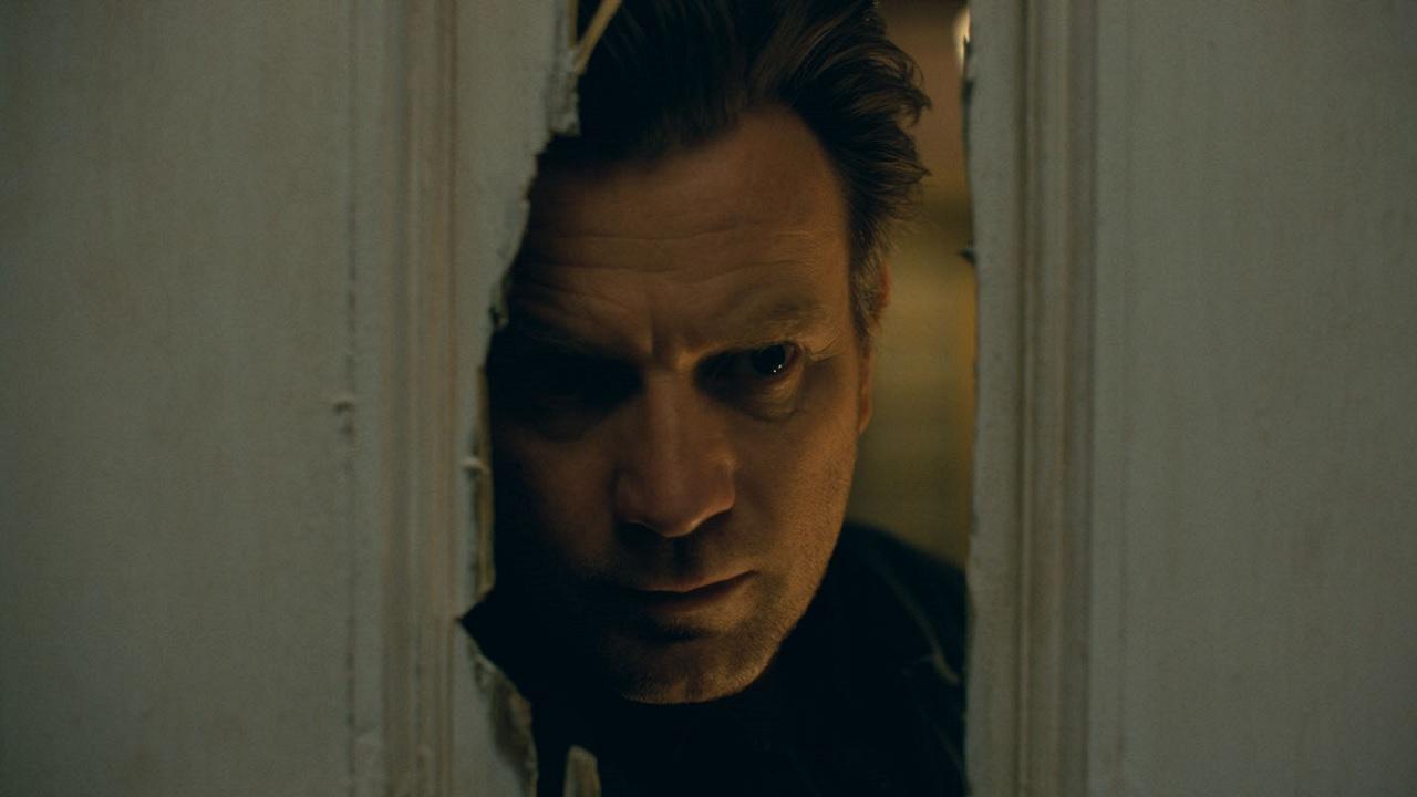 """Horror wie in """"Shining"""": Die neuen """"Doctor Sleep""""-Poster erinnern an den Genre-Meilenstein"""