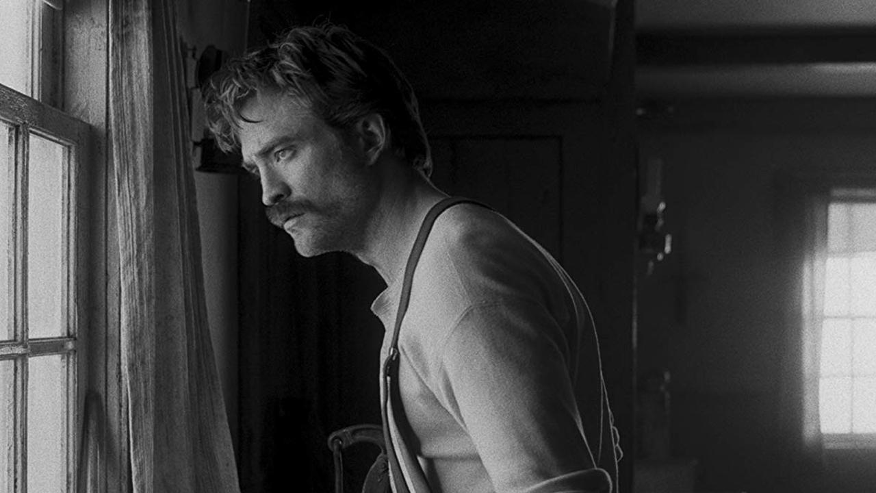 """Ständig besoffen und eingenässt: Hat sich Robert Pattinson für """"Der Leuchtturm"""" tatsächlich um den Verstand onaniert?"""