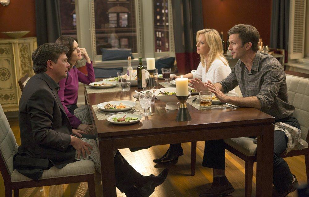 Bild Alexandra Wentworth, Betsy Brandt, Frederick Weller, Michael J. Fox