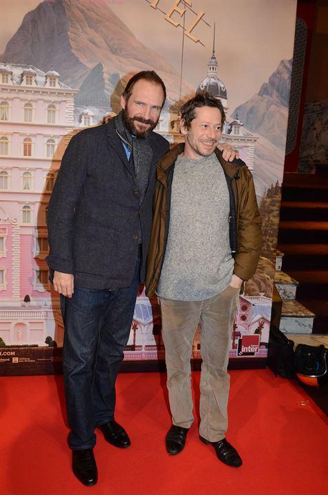 Grand Budapest Hotel : Vignette (magazine) Mathieu Amalric, Ralph Fiennes