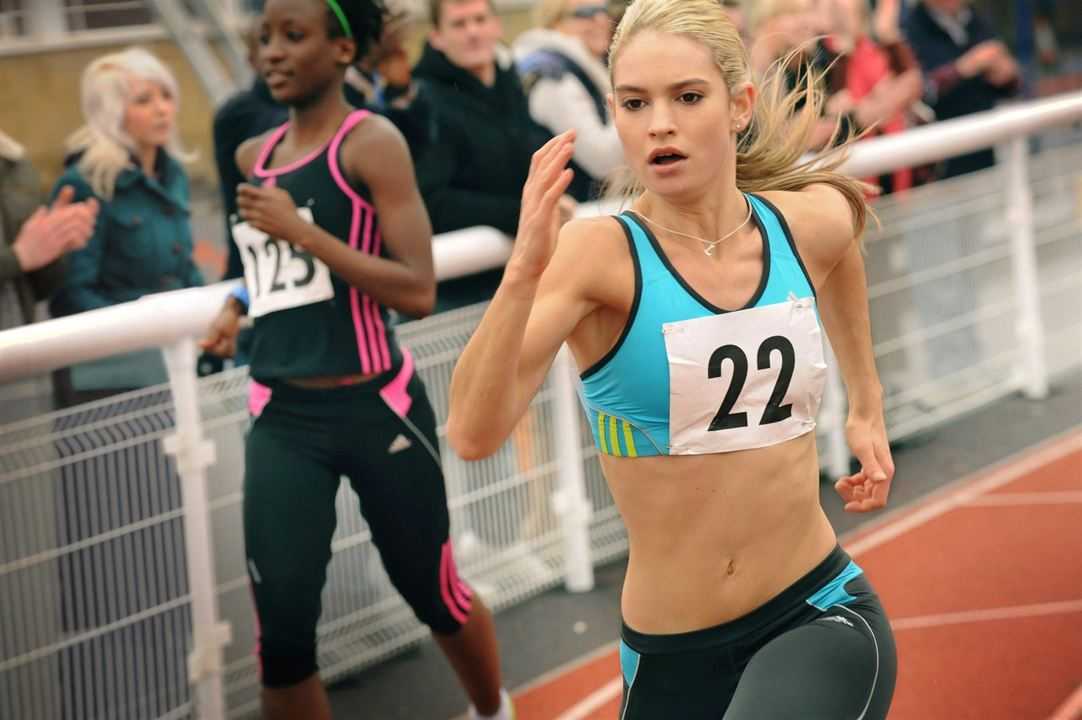 Fast Girls : Bild Lily James