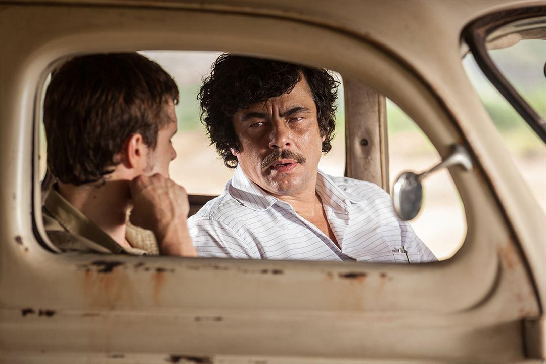 Escobar - Paradise Lost : Bild Benicio Del Toro, Josh Hutcherson