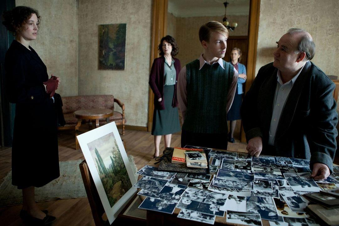 Das Zeugenhaus : Bild Iris Berben, Udo Samel, Vicky Krieps