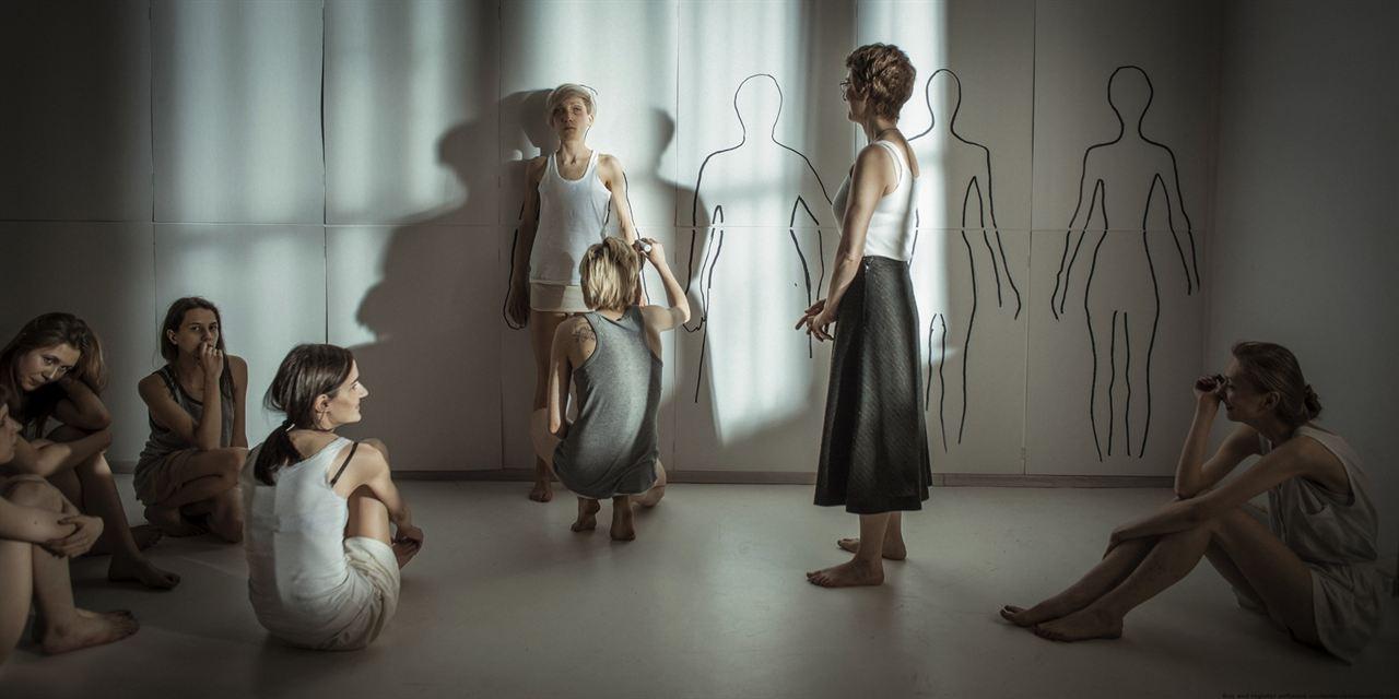 Body : Bild Justyna Suwala, Maja Ostaszewska