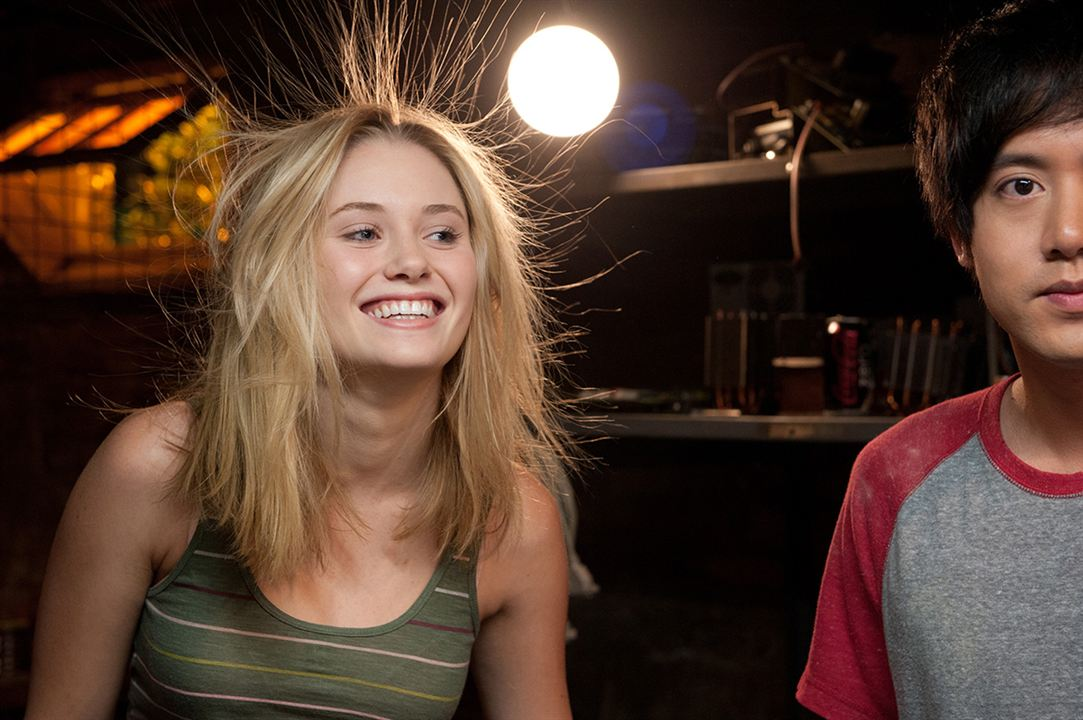 Project: Almanac : Bild Virginia Gardner