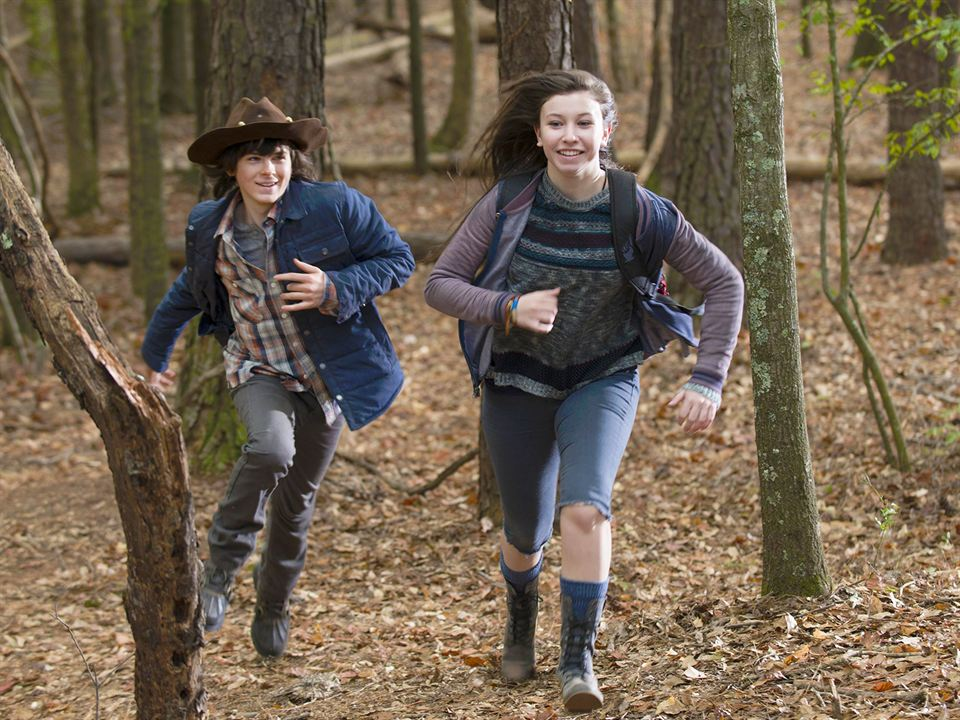Bild Chandler Riggs, Katelyn Nacon