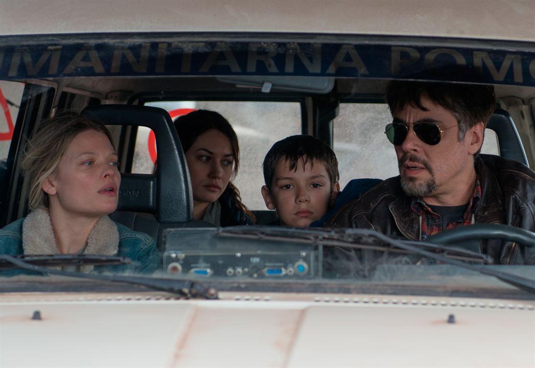 A Perfect Day : Bild Benicio Del Toro, Mélanie Thierry, Olga Kurylenko