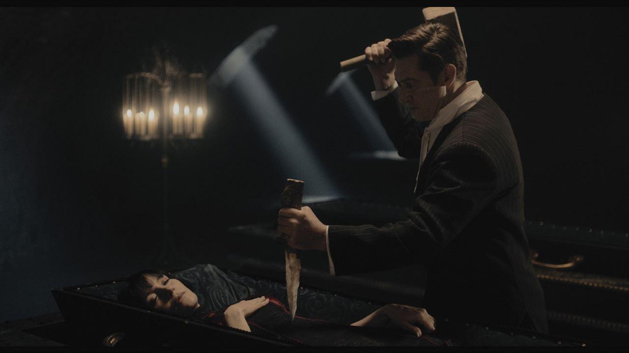 Therapie für einen Vampir : Bild Jeanette Hain, Tobias Moretti