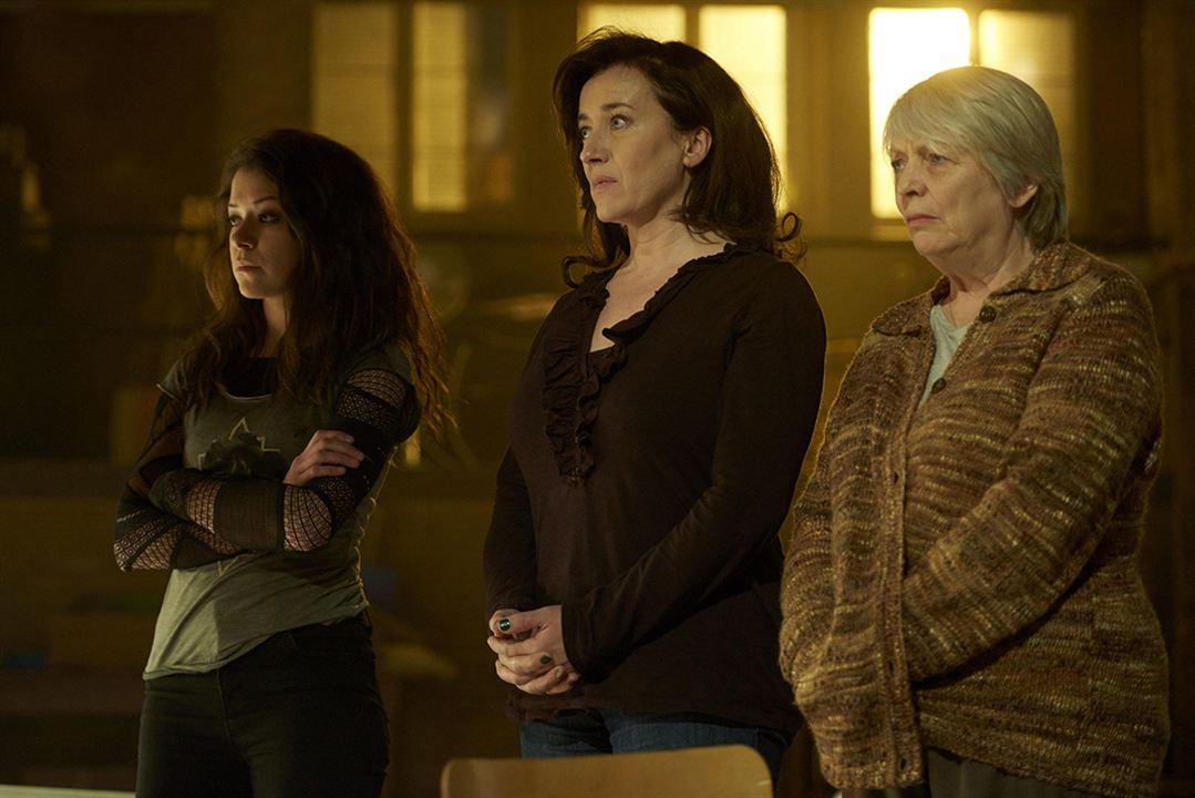 Bild Alison Steadman, Maria Doyle Kennedy, Tatiana Maslany