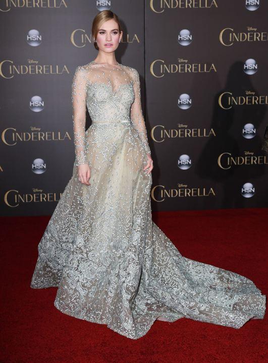 Cinderella : Vignette (magazine) Lily James