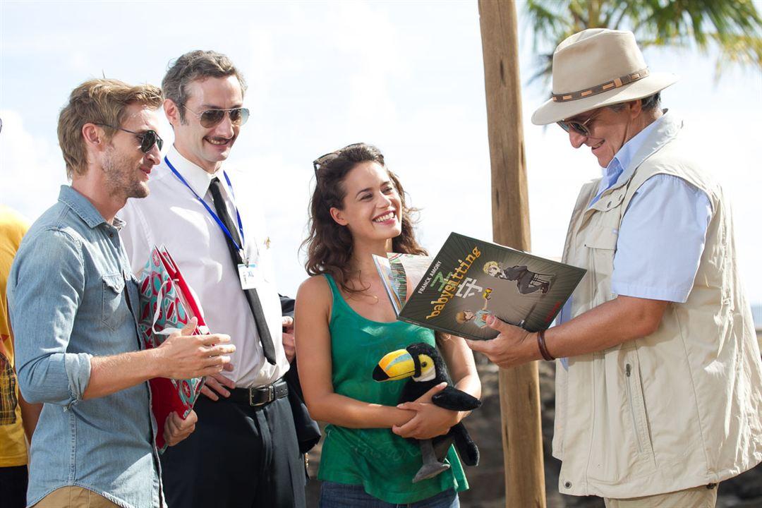 Ab in den Dschungel : Bild Alice David, Christian Clavier, Philippe Lacheau, Vincent Desagnat