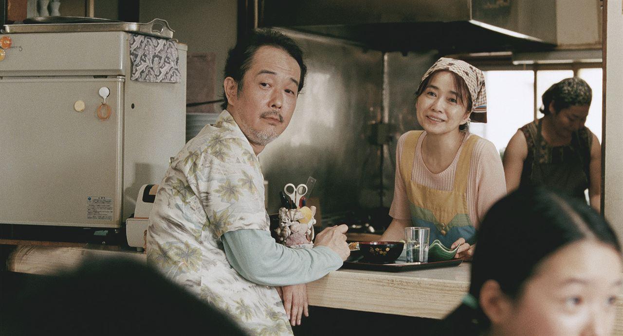 Unsere kleine Schwester : Bild Jun Fubuki, Lily Franky
