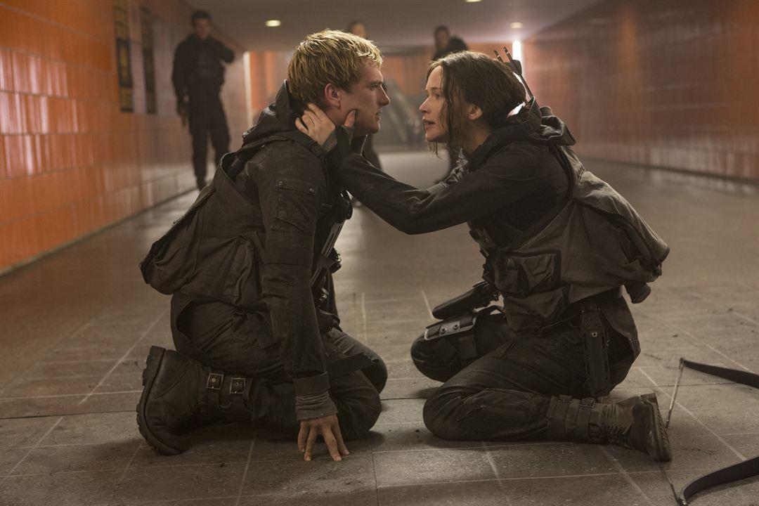 Die Tribute von Panem 4 - Mockingjay Teil 2 : Bild Jennifer Lawrence, Josh Hutcherson