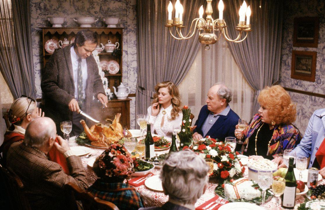 Schöne Bescherung : Bild Beverly D'Angelo, Chevy Chase, Doris Roberts, E.G. Marshall