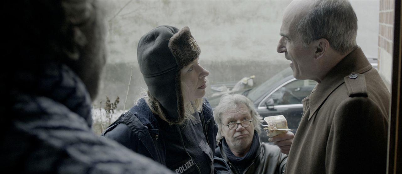 Trash Detective : Bild Bernd Tauber, Karl Knaup, Therese Hämer