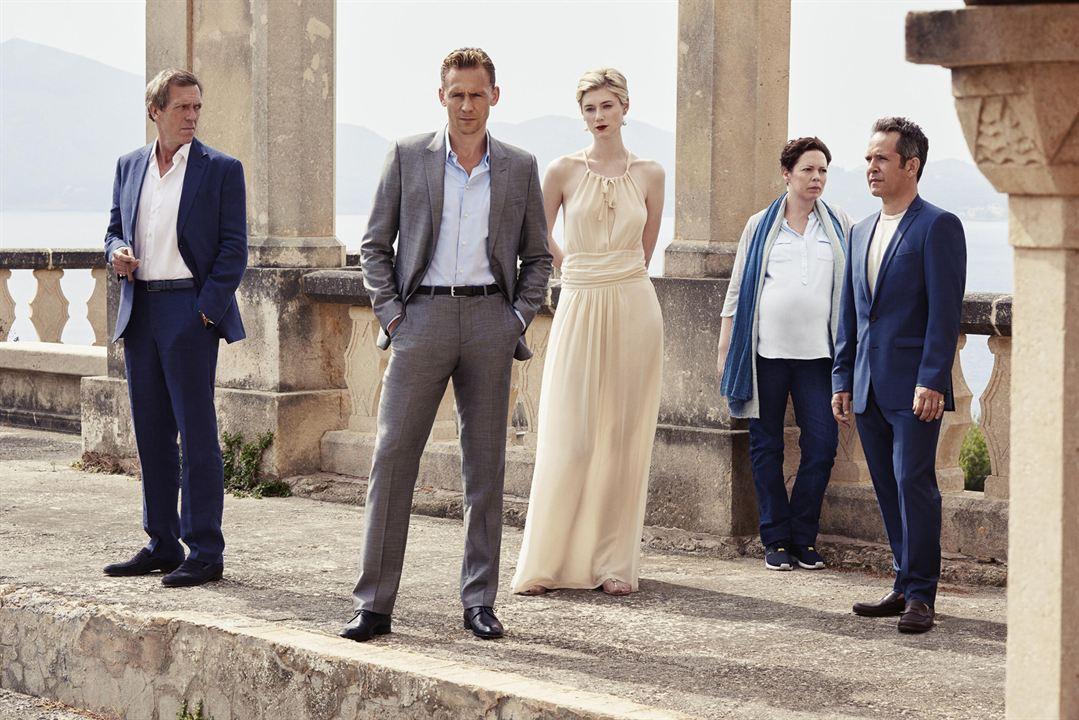 Bild Elizabeth Debicki, Hugh Laurie, Olivia Colman, Tom Hiddleston, Tom Hollander