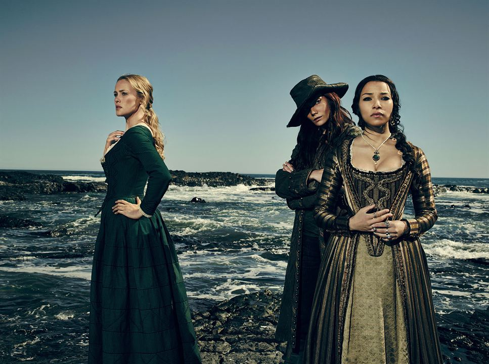 Bild Clara Paget, Hannah New, Jessica Parker Kennedy