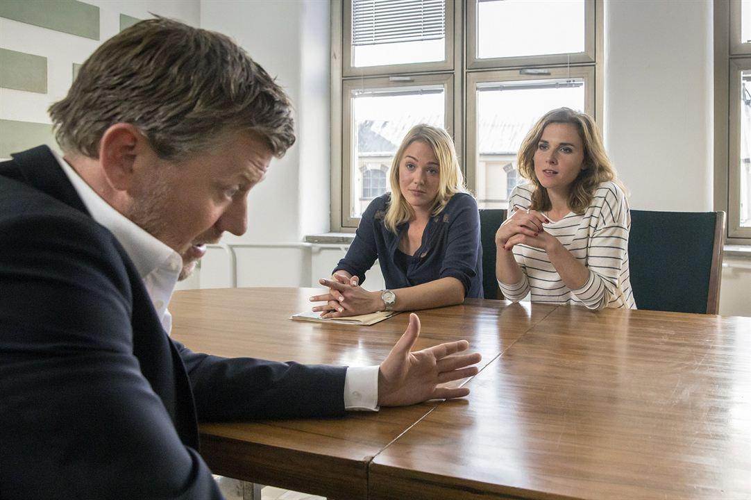 Tatort: Auf einen Schlag : Bild Alwara Höfels, Andreas Günther, Karin Hanczewski