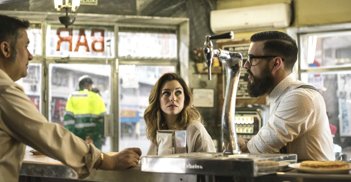 El Bar - Frühstück mit Leiche: Secun de la Rosa, Mario Casas, Blanca Suárez