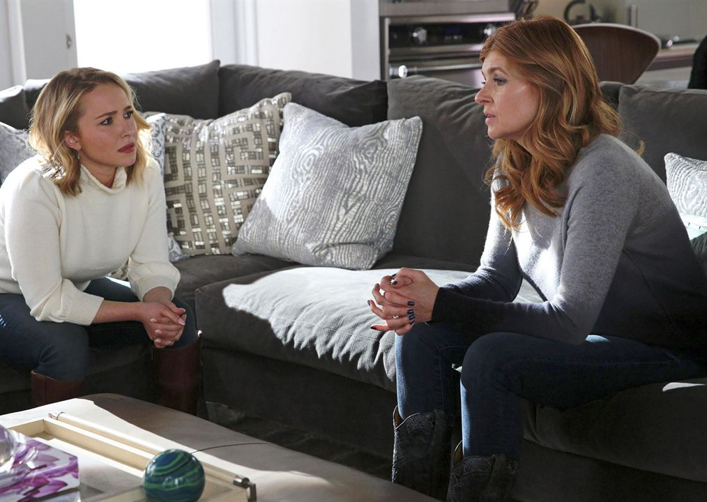 Bild Connie Britton, Hayden Panettiere
