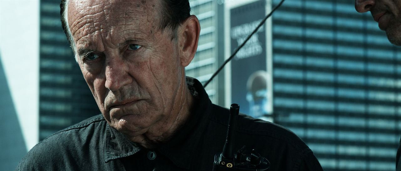 Daylight's End : Bild Lance Henriksen