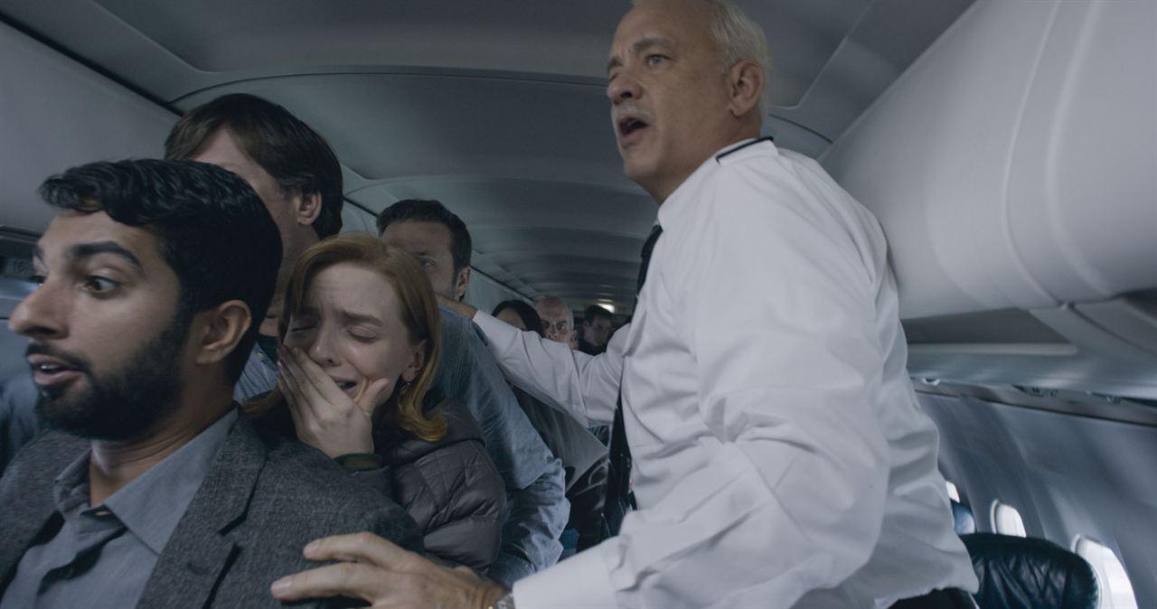 Sully: Tom Hanks