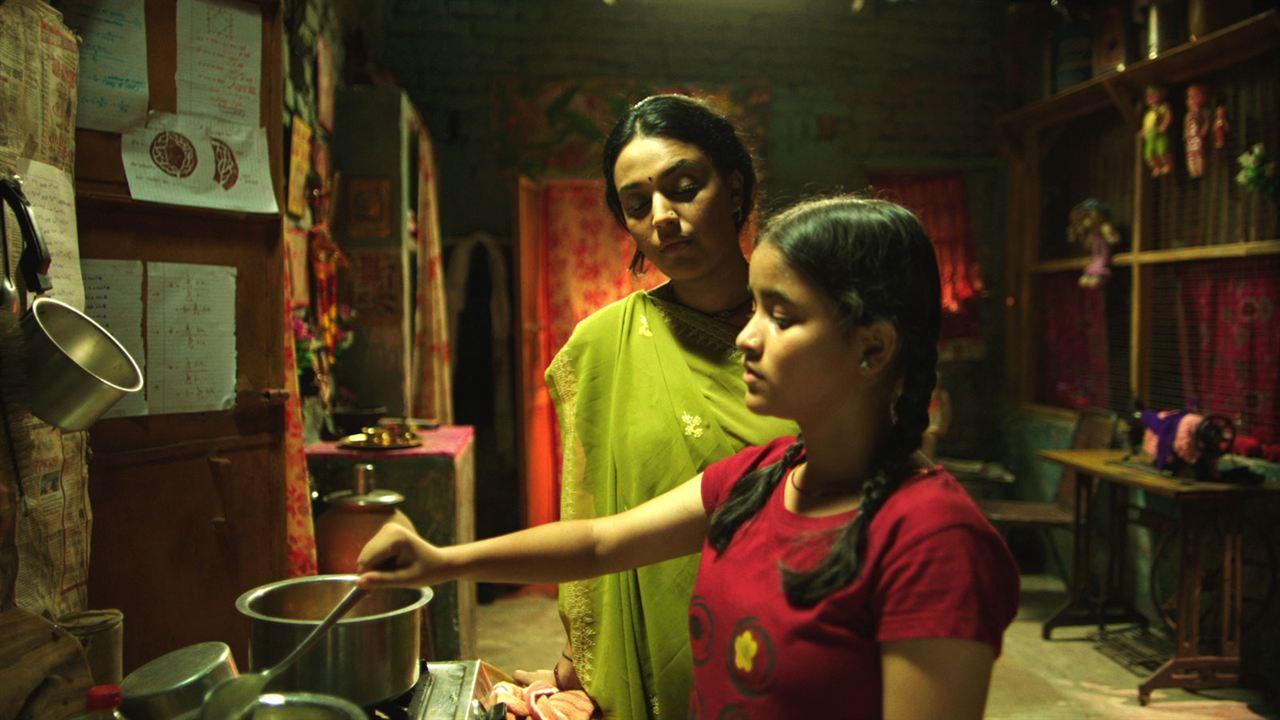 Lebe deine Träume - Laiv Sapane : Bild Riya Shukla, Swara Bhaskar