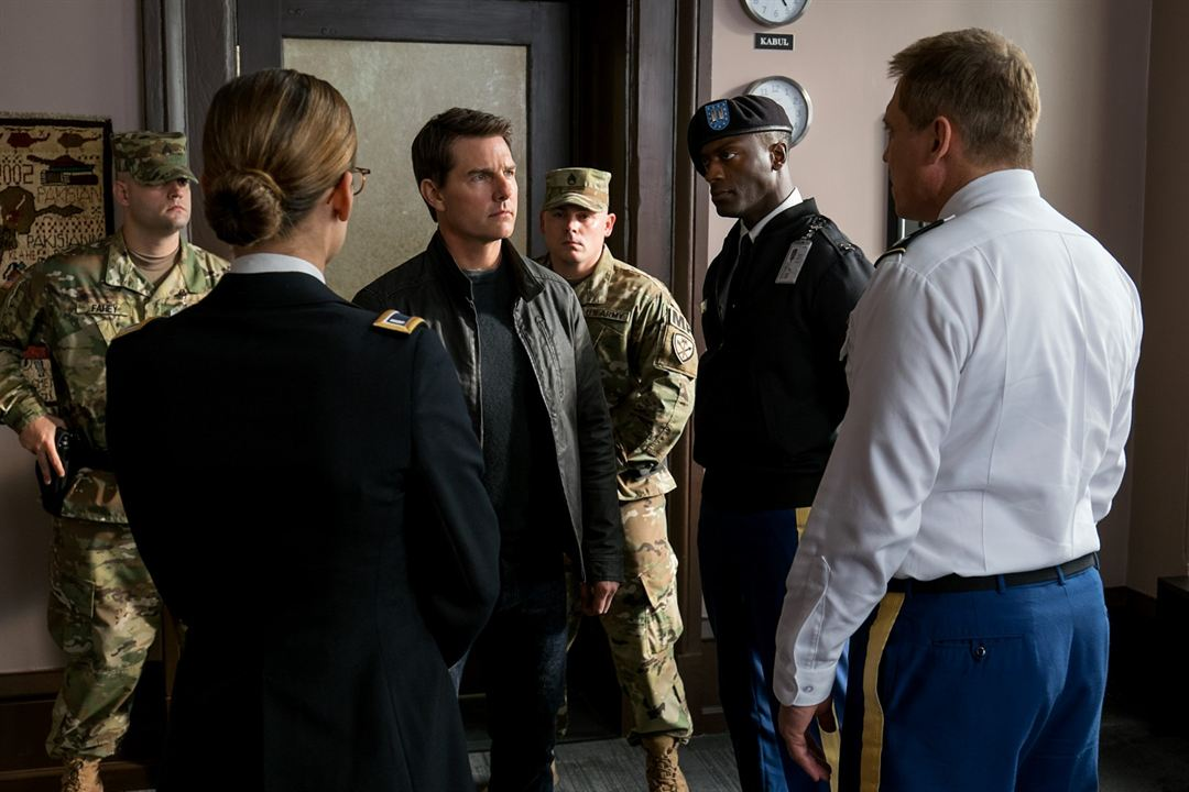 Jack Reacher 2: Kein Weg zurück : Bild Aldis Hodge, Holt McCallany, Jessica Stroup, Tom Cruise