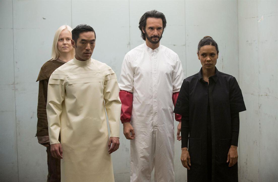 Bild Ingrid Bolsø Berdal, Leonardo Nam, Rodrigo Santoro, Thandie Newton