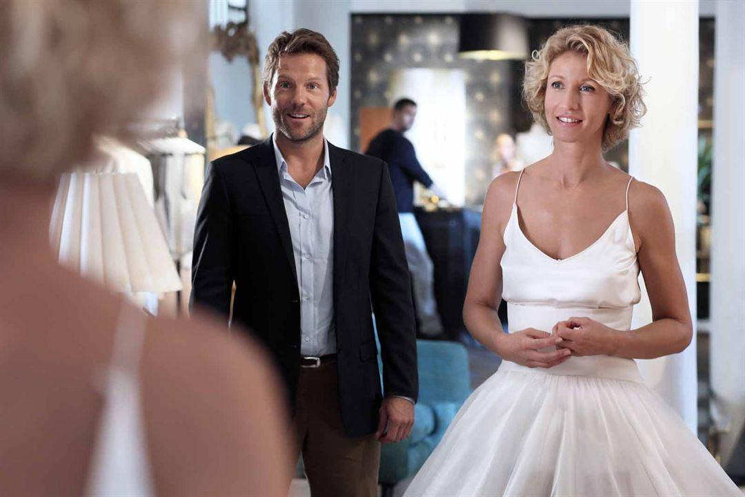 Ein Verlobter zu viel : Bild Alexandra Lamy, Jamie Bamber
