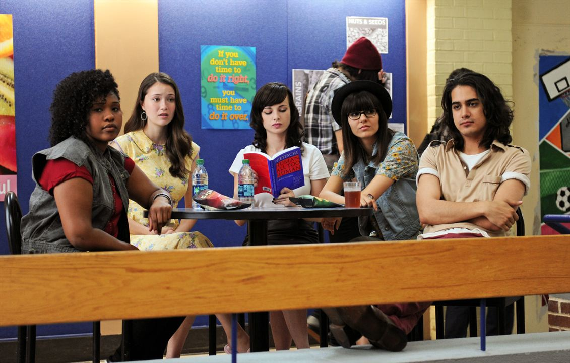 Cool Girls : Bild Ashley Rickards, Avan Jogia, Katie Chang, Victoria Justice