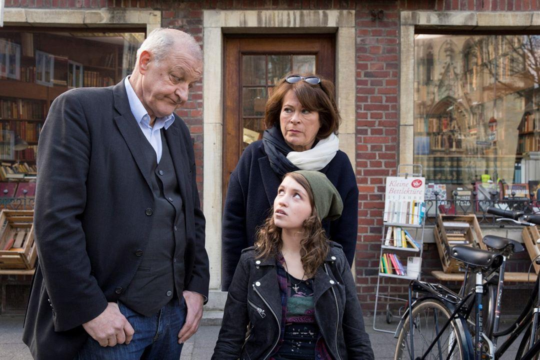 Wilsberg: Der Betreuer : Bild Janina Fautz, Leonard Lansink, Rita Russek