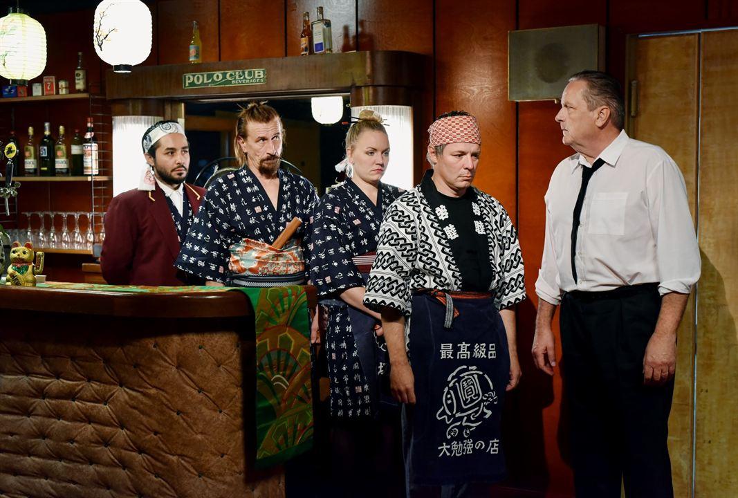Die andere Seite der Hoffnung : Bild Ilkka Koivula, Janne Hyytiäinen, Nuppu Koivu, Sakari Kuosmanen, Sherwan Haji