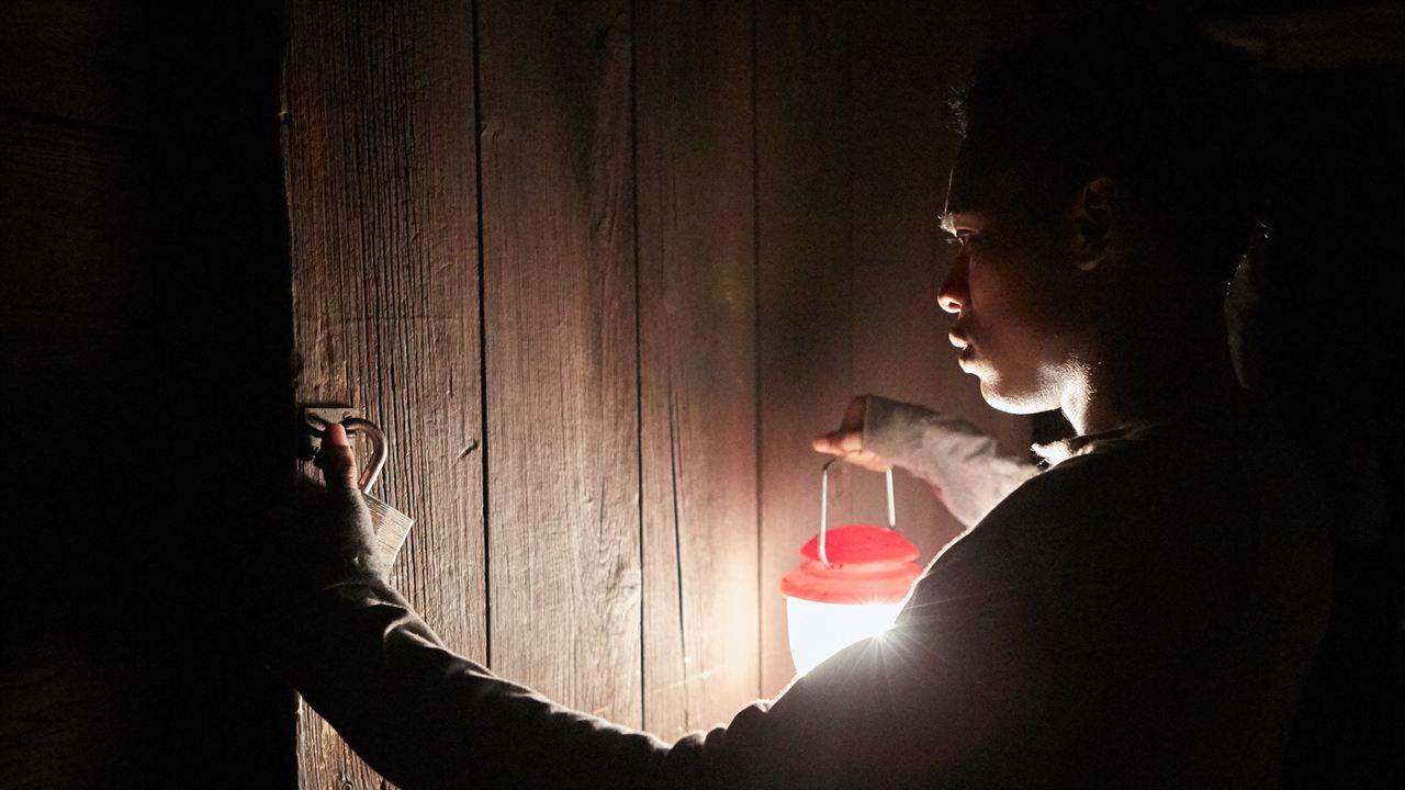 It Comes At Night : Bild Kelvin Harrison Jr.