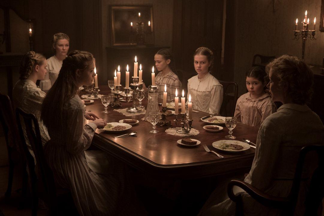 Die Verführten : Bild Addison Riecke, Angourie Rice, Elle Fanning, Emma Howard, Kirsten Dunst