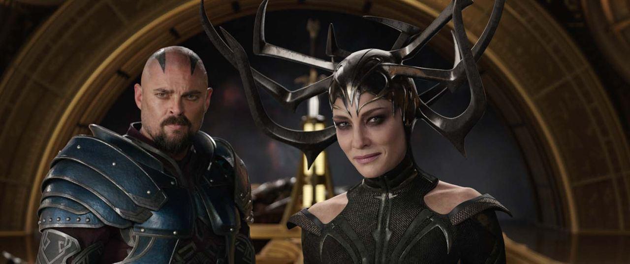 Thor 3: Tag der Entscheidung : Bild Cate Blanchett, Karl Urban