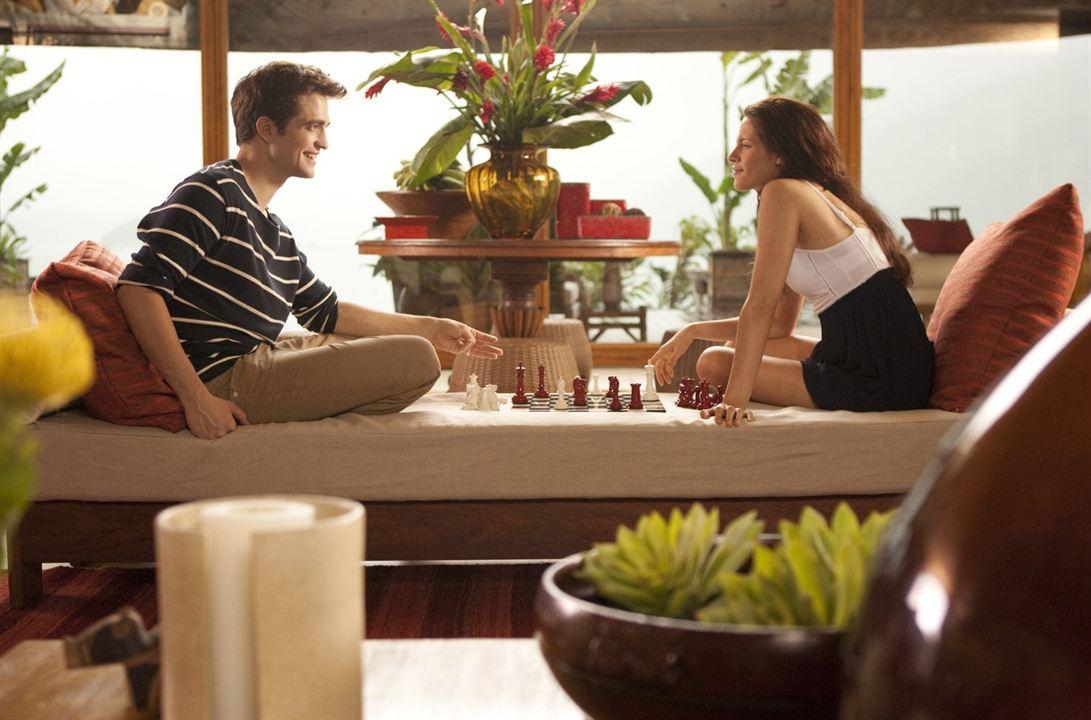 Twilight 4: Breaking Dawn - Bis(s) zum Ende der Nacht (Teil 1) : Bild Kristen Stewart, Robert Pattinson