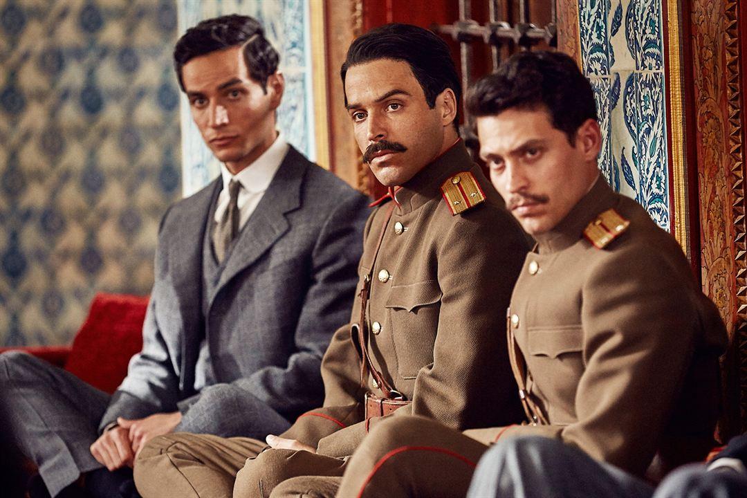 Ali & Nino - Weil Liebe keine Grenzen kennt: Assaad Bouab, Adam Bakri