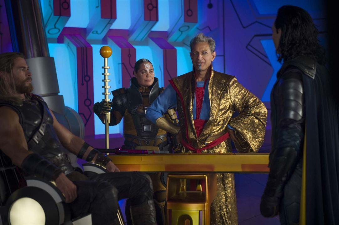 Thor 3: Tag der Entscheidung : Bild Chris Hemsworth, Jeff Goldblum, Rachel House