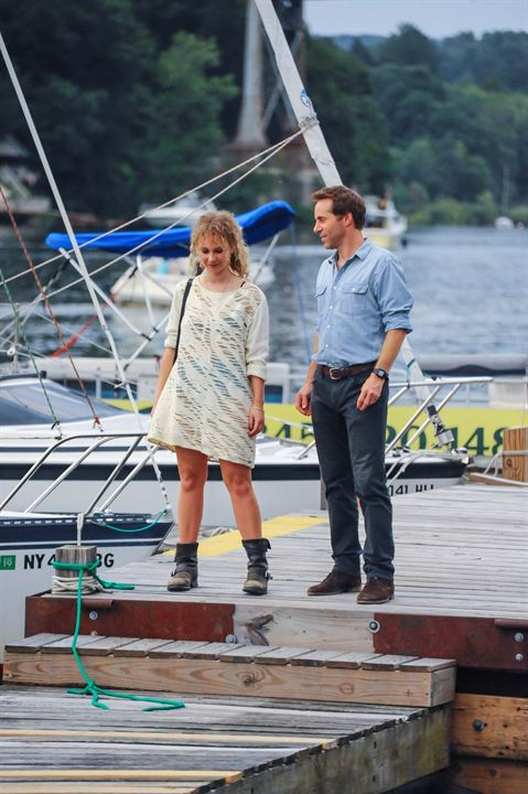 One Percent More Humid : Bild Alessandro Nivola, Juno Temple