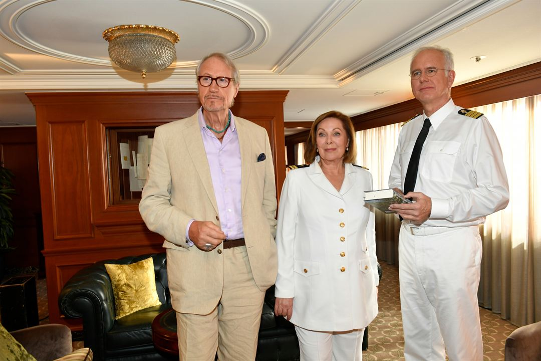 Das Traumschiff: Los Angeles : Bild Harald Schmidt, Heide Keller, Reiner Schöne