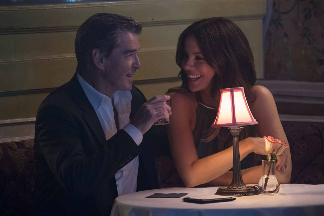 The Only Living Boy In New York : Bild Kate Beckinsale, Pierce Brosnan