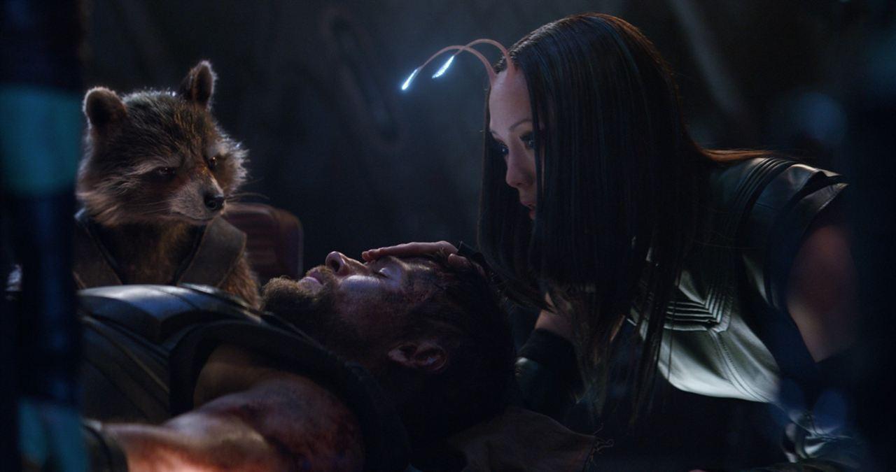 Avengers 3: Infinity War : Bild Chris Hemsworth, Pom Klementieff