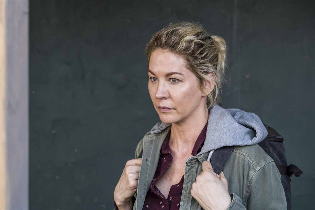 Fear The Walking Dead: Bild Jenna Elfman - 46 von 225 - FILMSTARTS.de