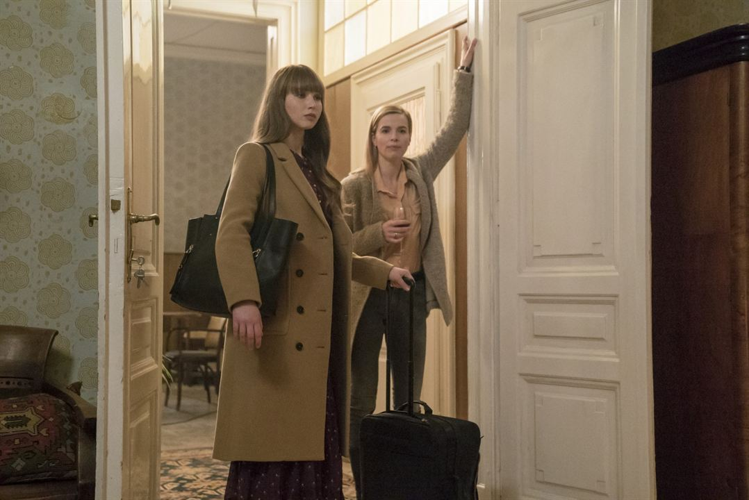Red Sparrow : Bild Jennifer Lawrence, Thekla Reuten