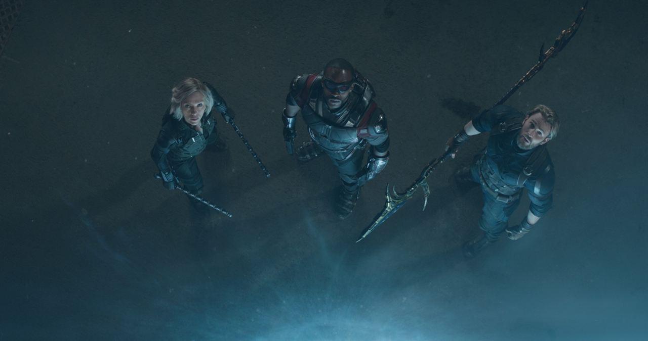 Avengers 3: Infinity War : Bild Anthony Mackie, Chris Evans, Scarlett Johansson