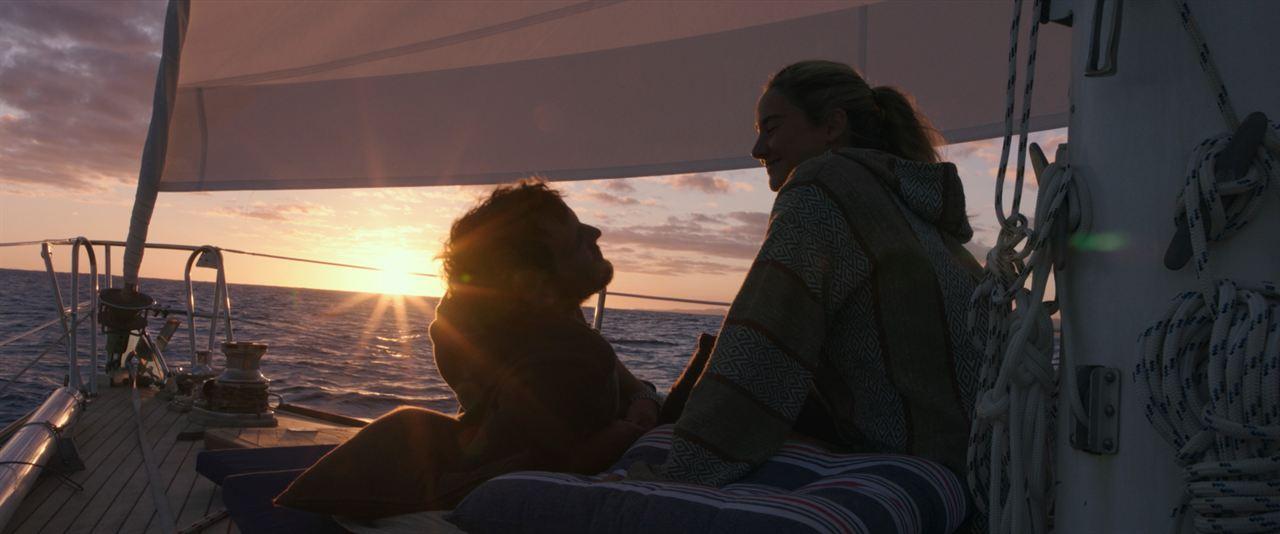 Die Farbe des Horizonts : Bild Sam Claflin, Shailene Woodley