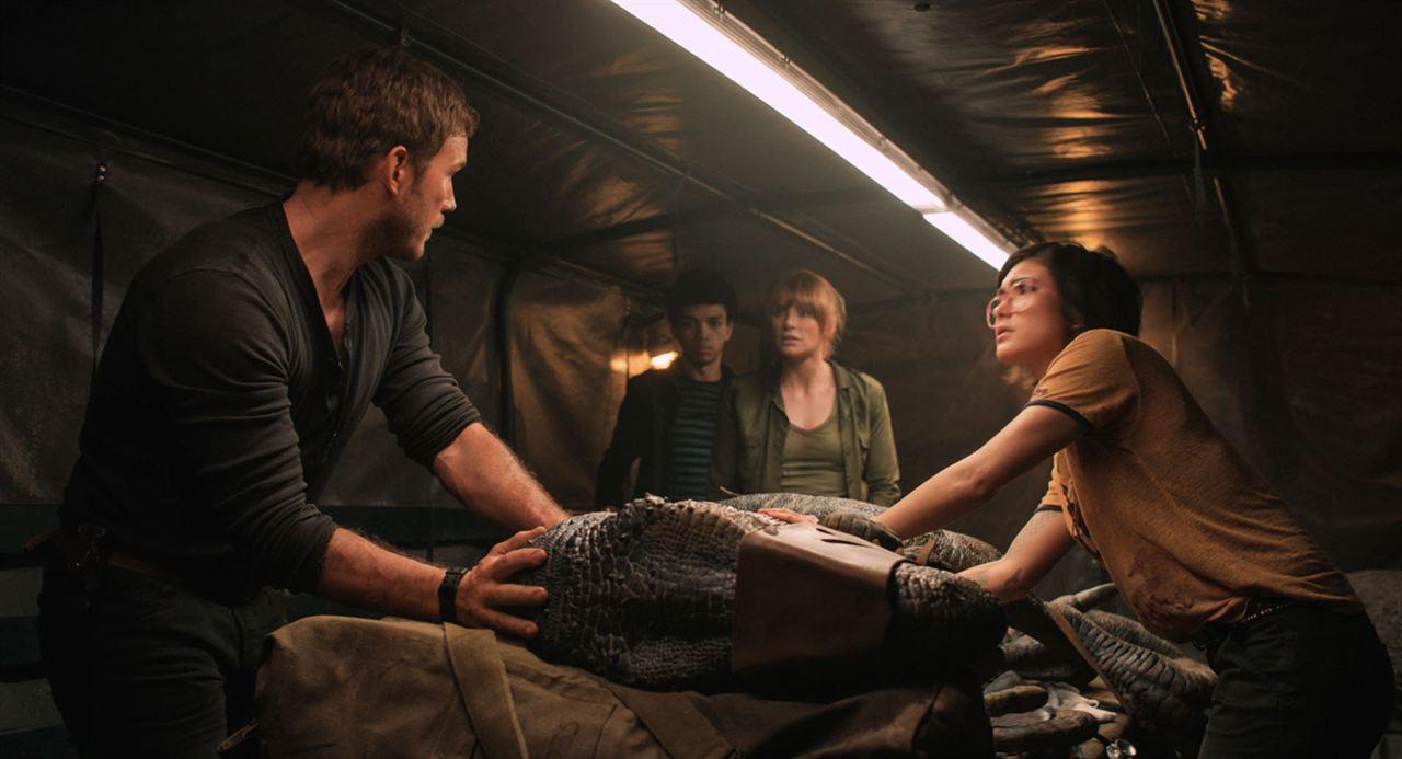 Jurassic World 2: Das gefallene Königreich : Bild Bryce Dallas Howard, Chris Pratt, Daniella Pineda, Justice Smith